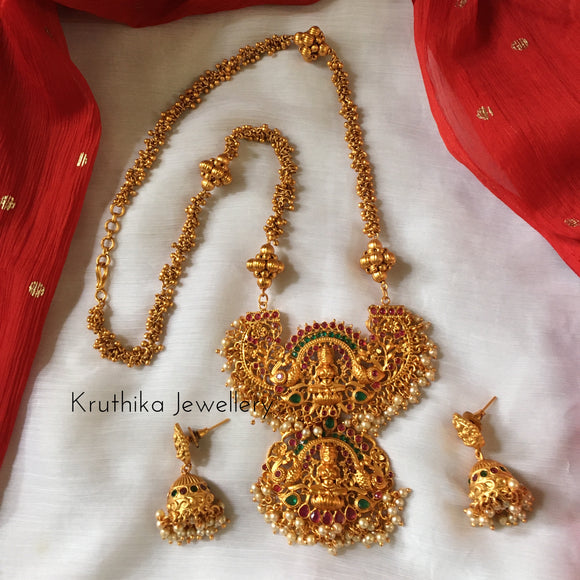 Matte finish Lakshmi Devi necklace set