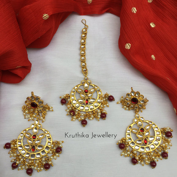 Kundan red bead drops earrings maang tika set