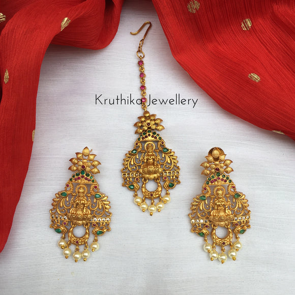 Lakshmi Devi Maang Tika earrings set