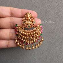 Trendy Lakshmi Devi earrings E27