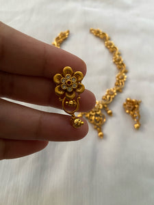 Simple flower necklace NC243