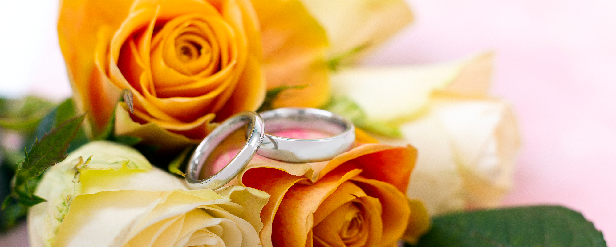 Your complete guide to buying wedding rings