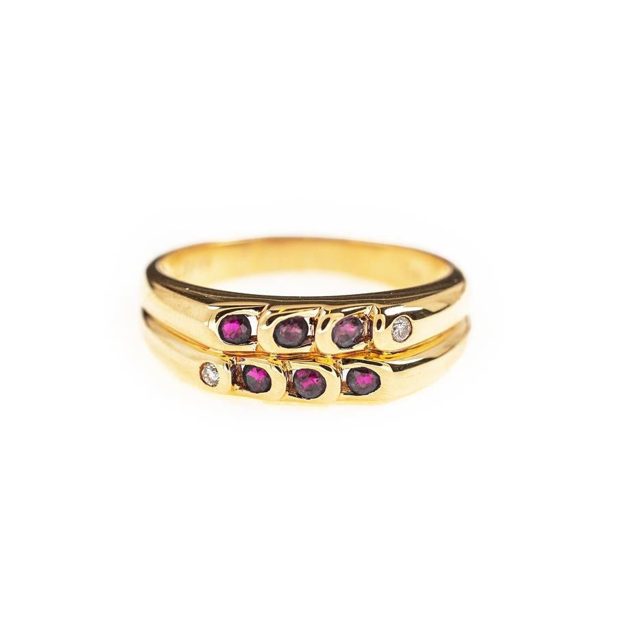 Pre-Owned 18ct Gold Red Stone Dress Ring