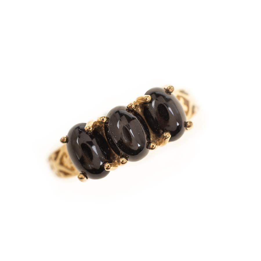 Pre-Owned 9ct Gold 3 Black Stone Dress Ring