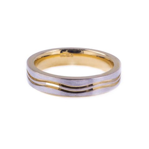 Pre-Owned 9ct Gold Double Wave Matte Band