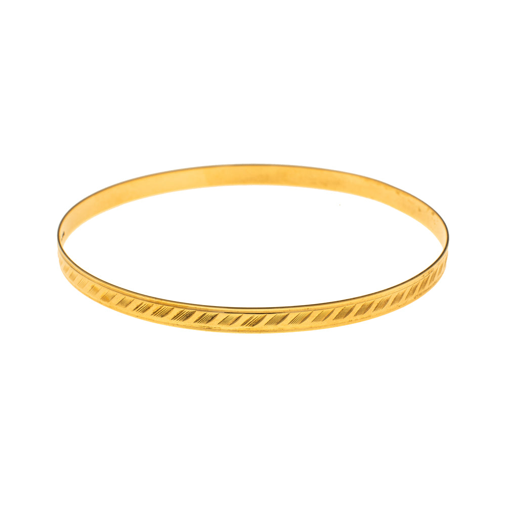 Pre-Owned 9ct Gold Diagonal Line 4mm Love Bangle