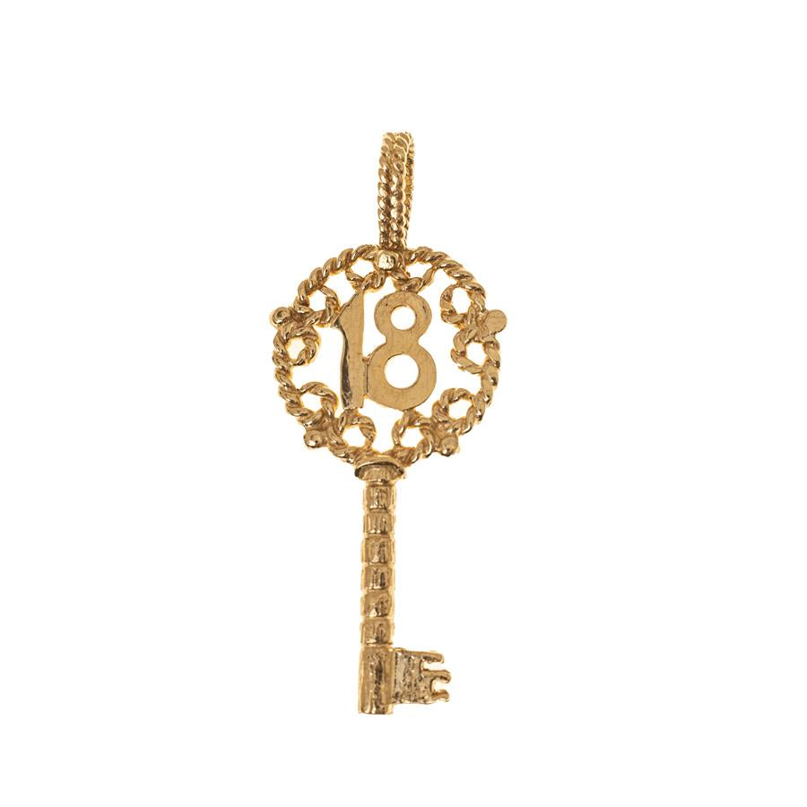 Pre-Owned 9ct Gold Filigree 18 Key Pendant