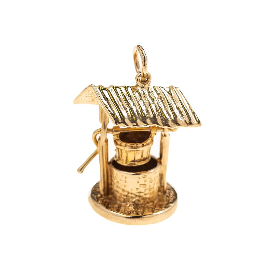 Pre-Owned 9ct Gold Wishing Well Charm