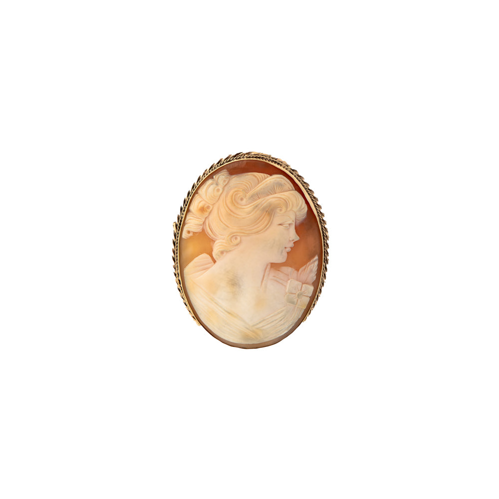 Pre-Owned 9ct Gold Large Oval Shell Cameo Brooch