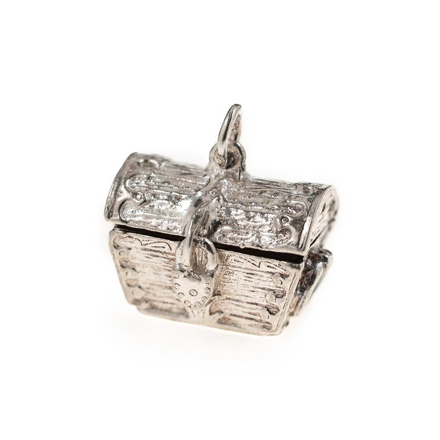 Pre-Owned Silver Treasure Chest Charm