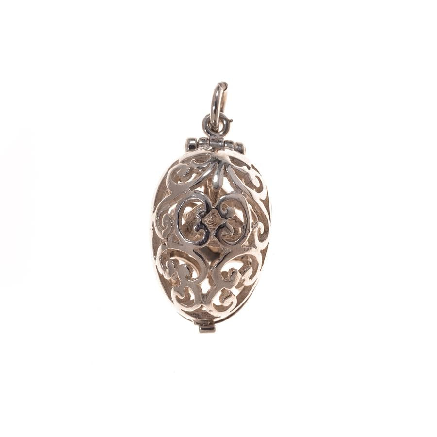 Pre-Owned Silver Filigree Bird Egg Charm