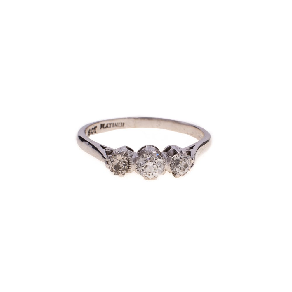 Pre-Owned White Gold 3 Diamond Ring 0.5 ct