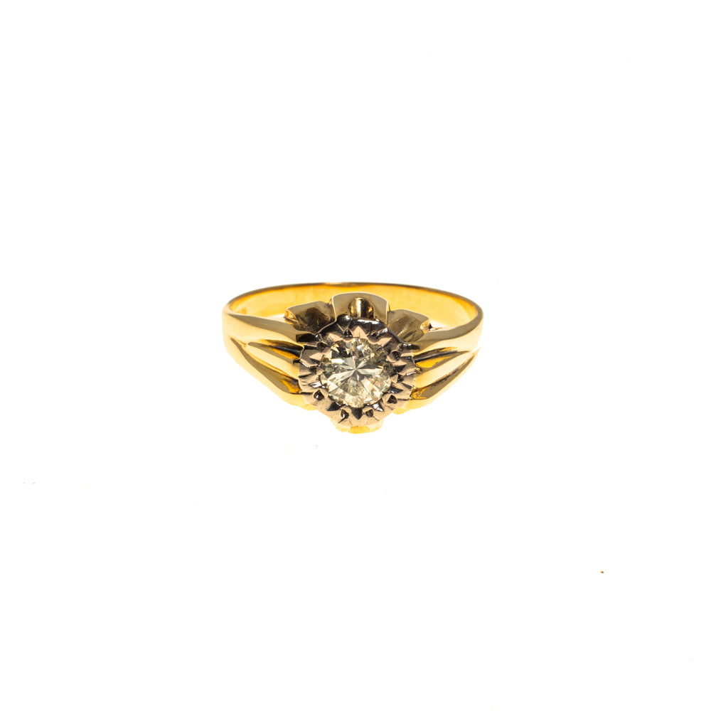 Pre-Owned Gold Flower Illusion Diamond Gypsy Ring