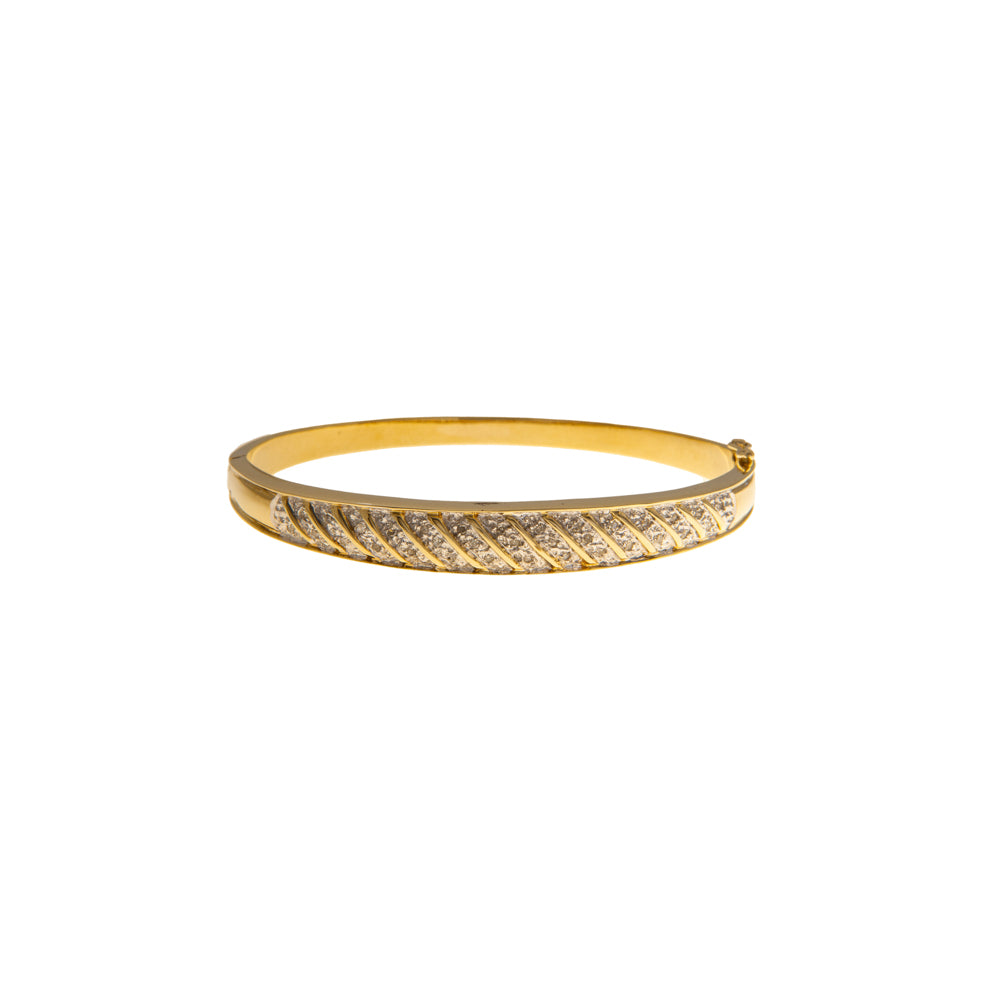 Pre-Owned Gold Diamond Diagonal Line Hinged Bangle