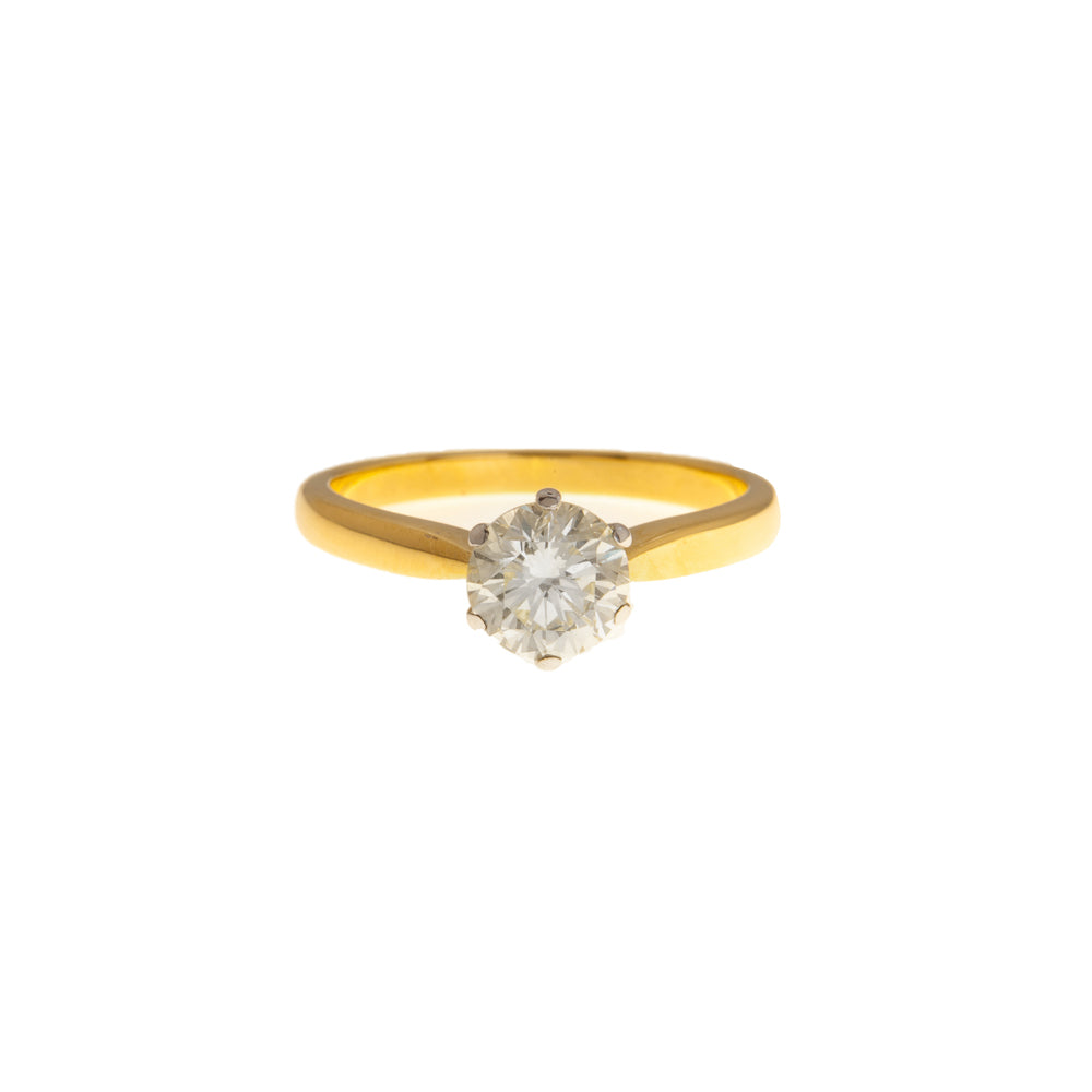 Pre-Owned 18ct Gold Round Solitaire Diamond Ring