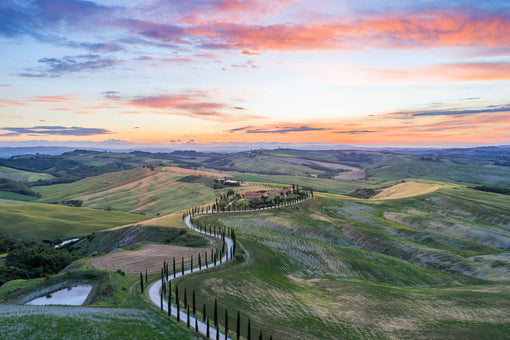Win A 7 Day Holiday To Tuscany For You & ALL Your Friends