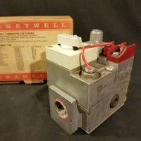 Honeywell VS820A1047 single valve standing pilot natural gas valve