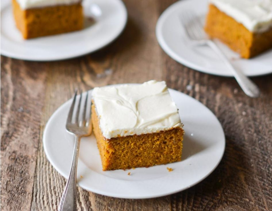 Easy Autumn Pumpkin Cake
