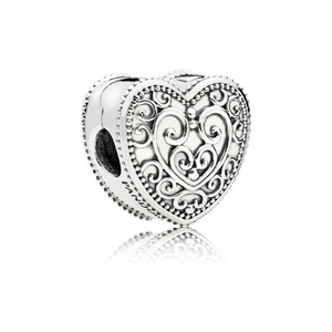 PANDORA Enchanted Heart Clip 797024