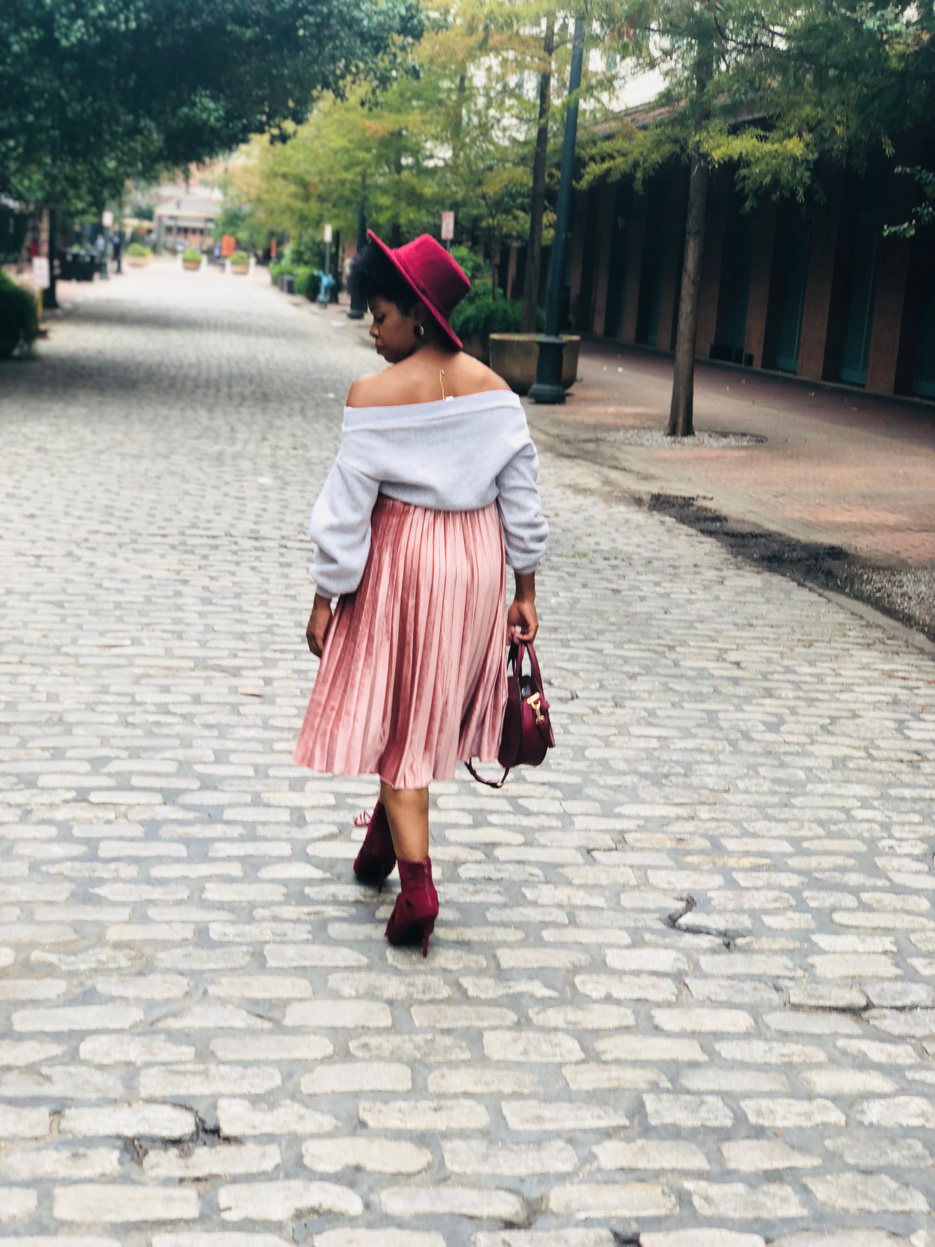Rosy Pleated Skirt
