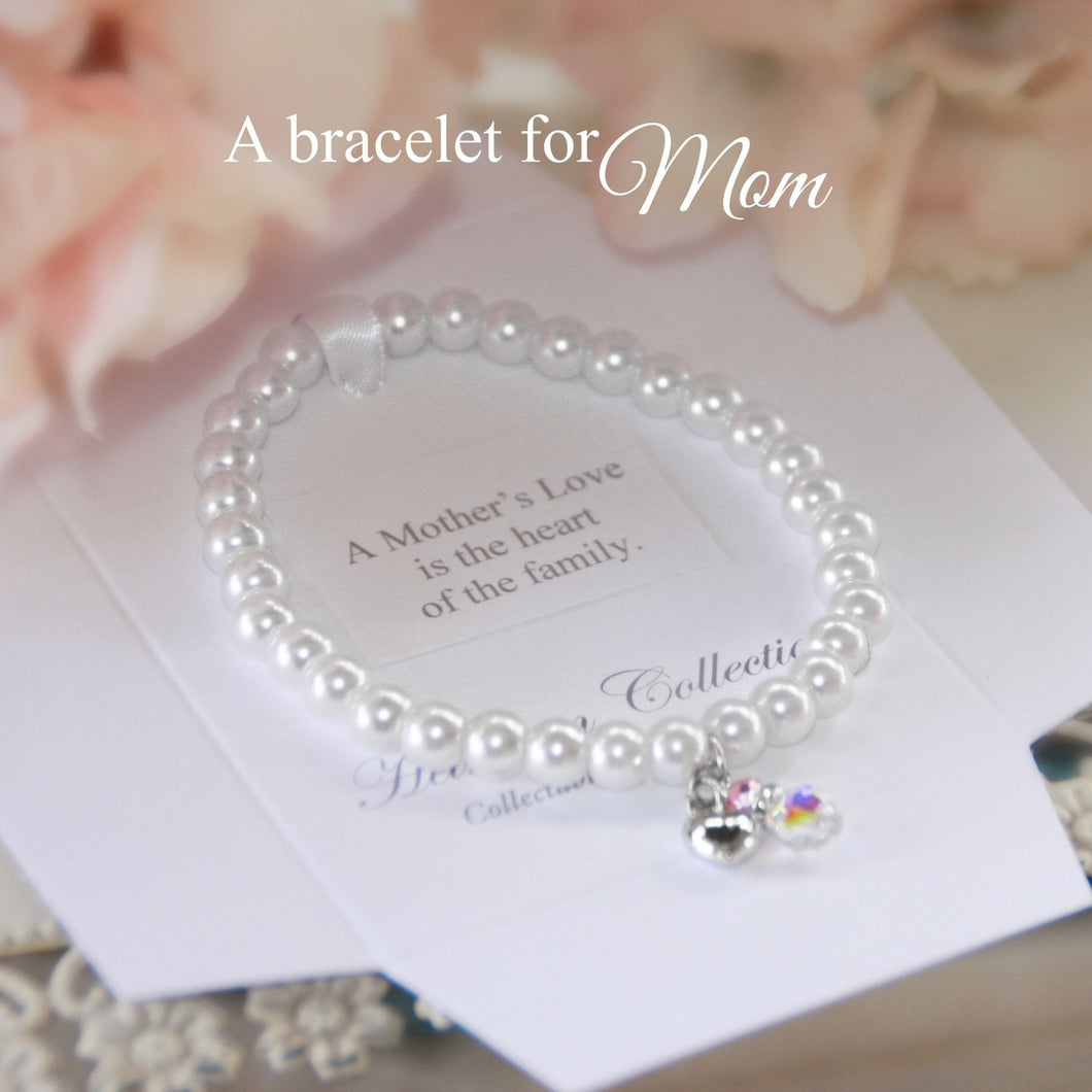 A Mother's Love Is The Heart Of The Family Bracelet