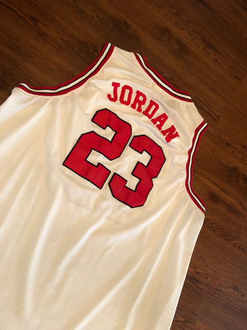 550967504222 Vintage Michael Jordan Chicago Bulls Mitchell and Ness Stitched 1991-92  White Red Jersey sz