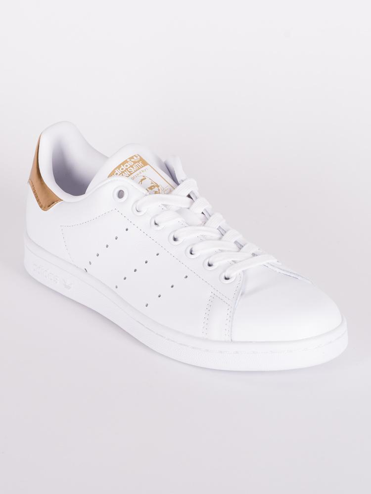 WOMENS STAN SMITH CLEARANCE