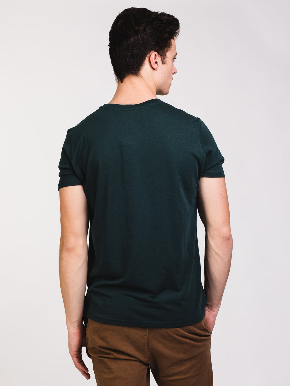 MENS VICTOR VNECK T - GREEN