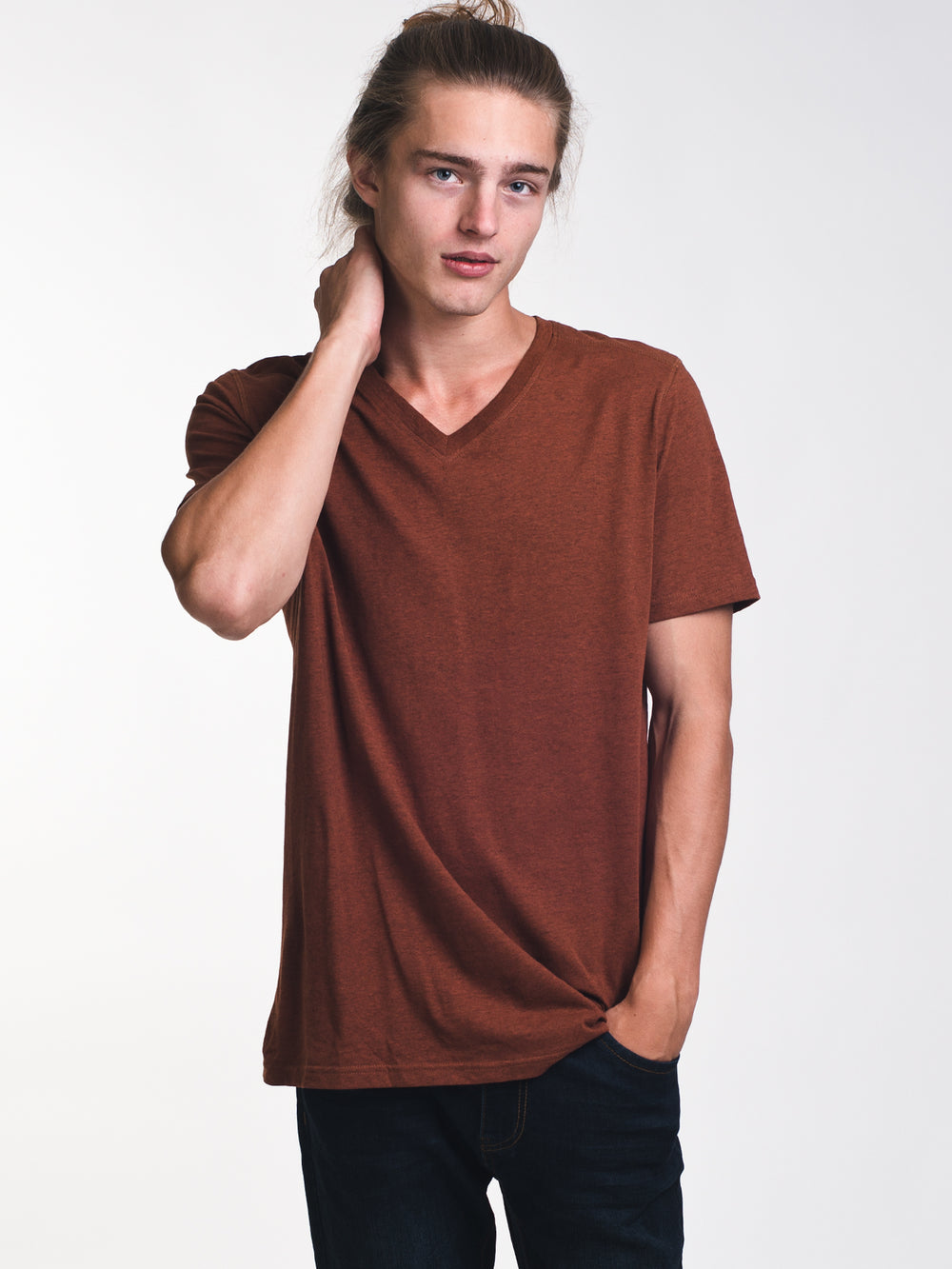 MENS VICTOR VNECK T - RUST - CLEARANCE