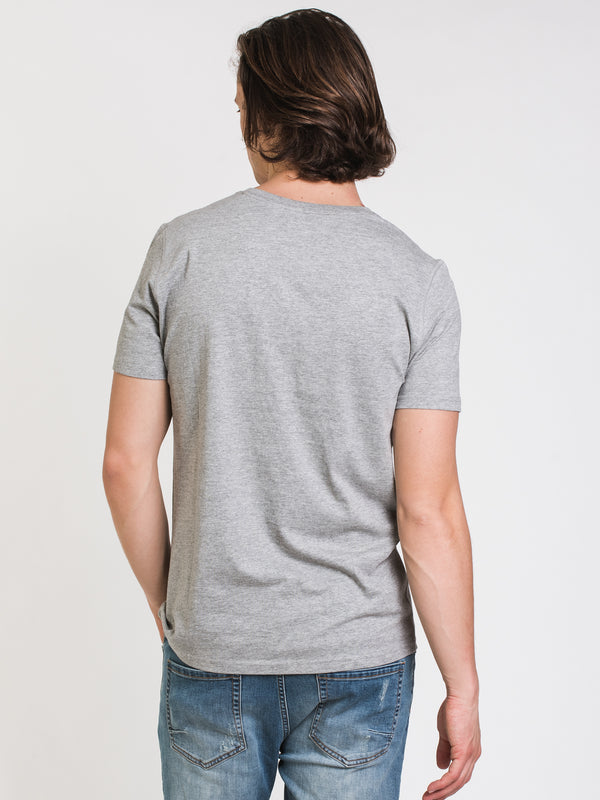 MENS VICTOR VNECK T - GREY MIX