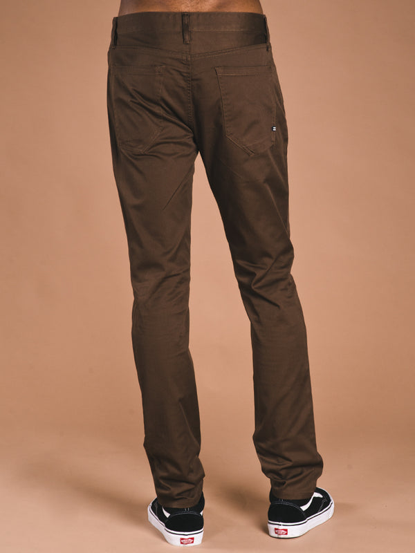 MENS OUTSIDER TWILL PANT - BARK - CLEARANCE