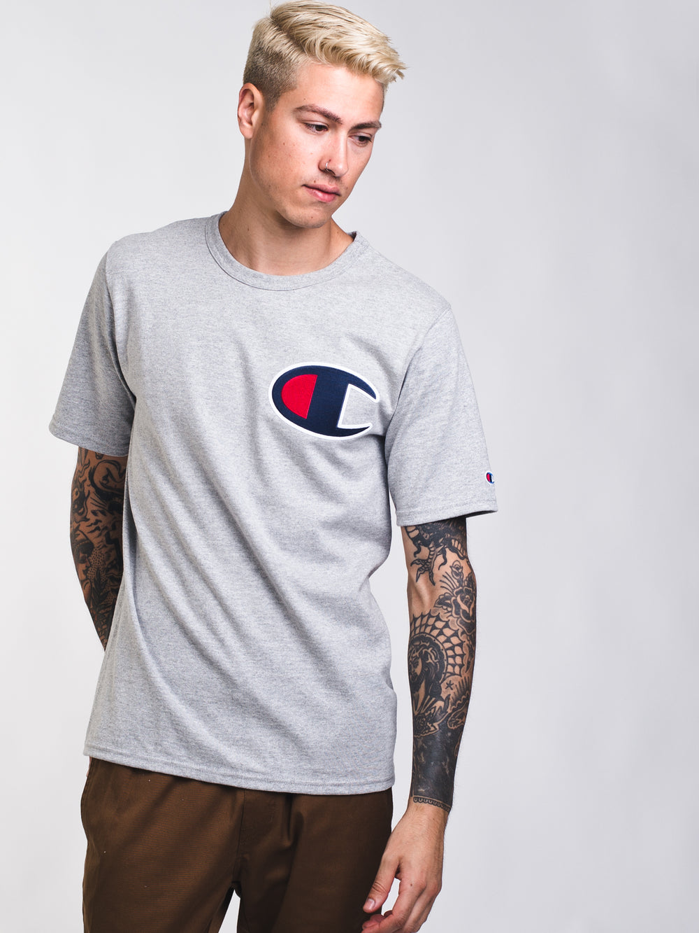 MENS ELEVATED C PATCH SHORT SLEEVE T-SHIRT - GREY