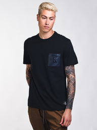 MENS SHAPE REISSUE PCKT T - BLACK