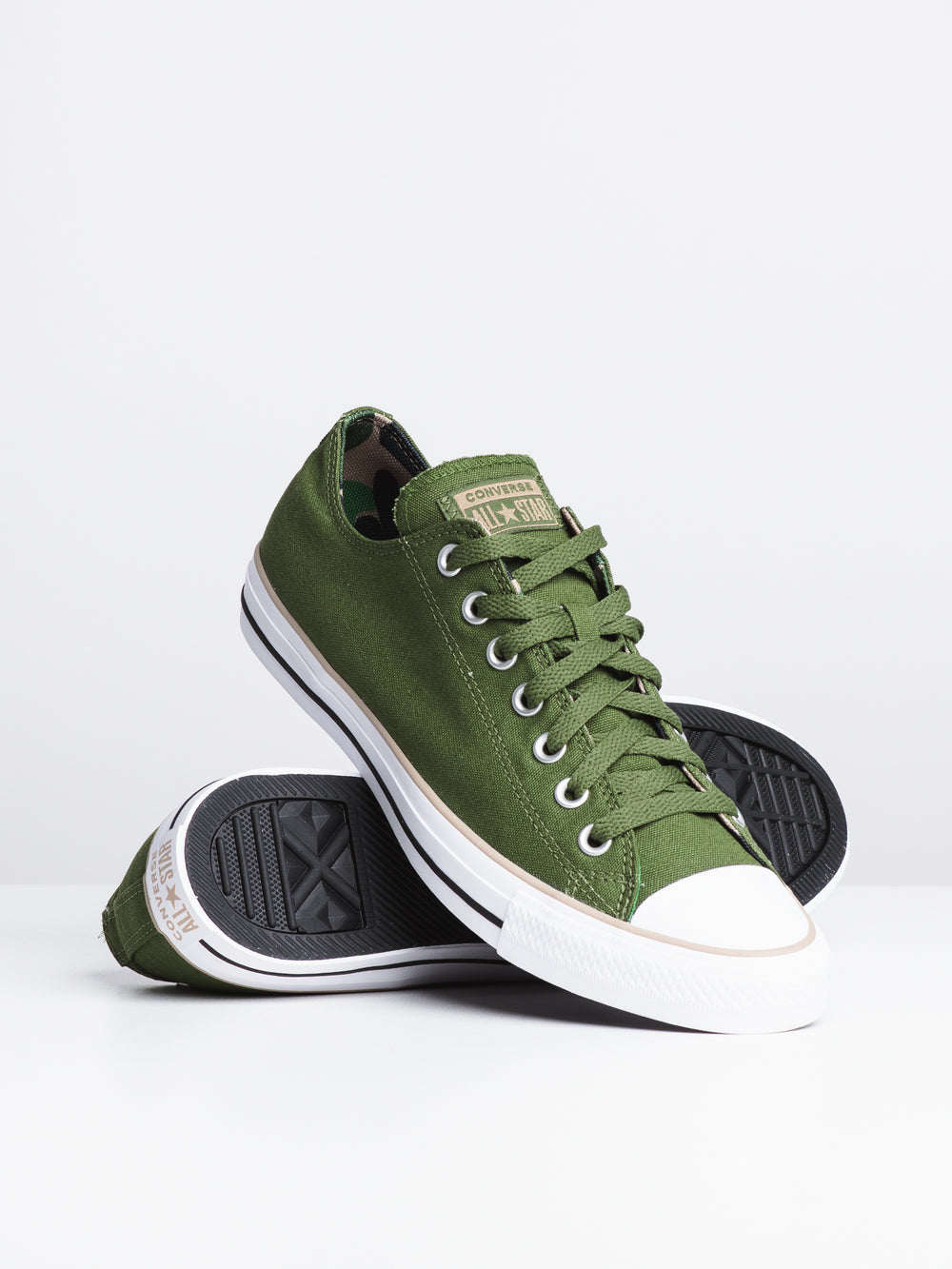 MENS CHUCK TAYLOR ALL-STARS CLASSIC CAMO CANVAS OX-GRN