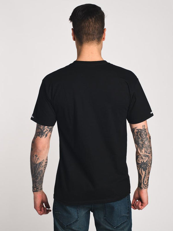 MENS TWISTED TIMELESS SHORT SLEEVE T SHIRT
