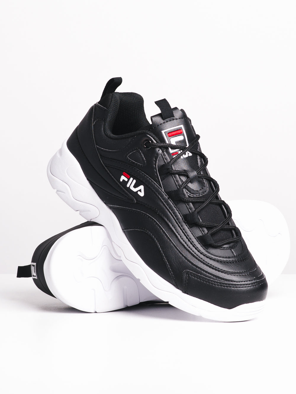 MENS FILA BAY - BLACK/WHITE - CLEARANCE