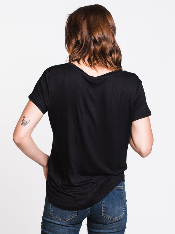 WOMENS LEANNE SOLID TEE - BLACK