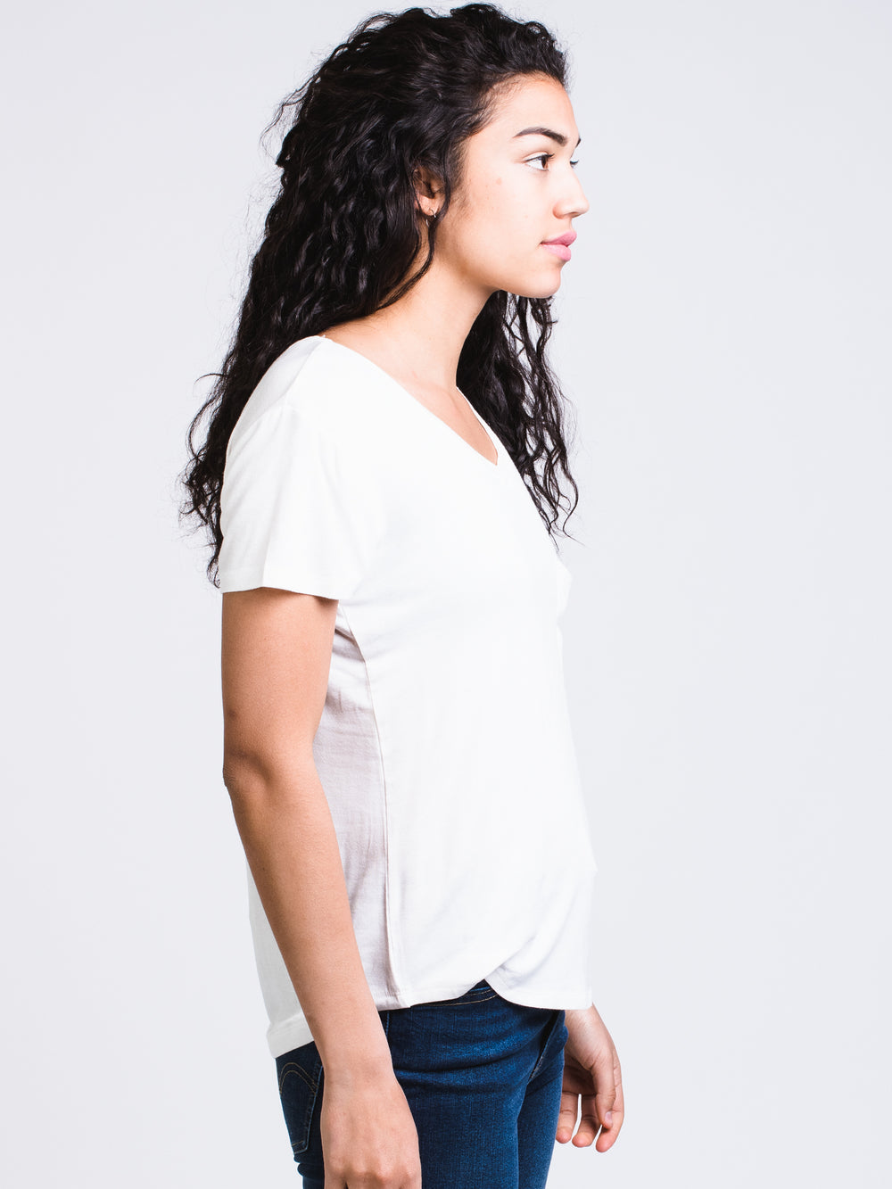 WOMENS LEANNE SOLID TEE - WHITE