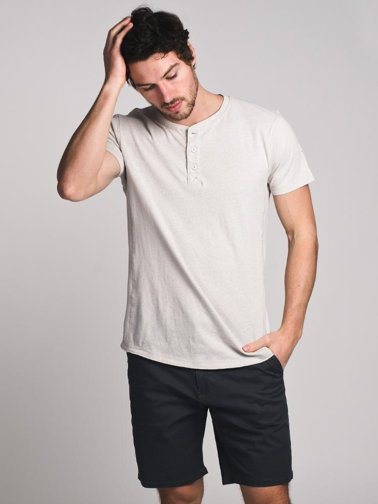 MENS HAL SOLID HENLEY- CLEARANCE