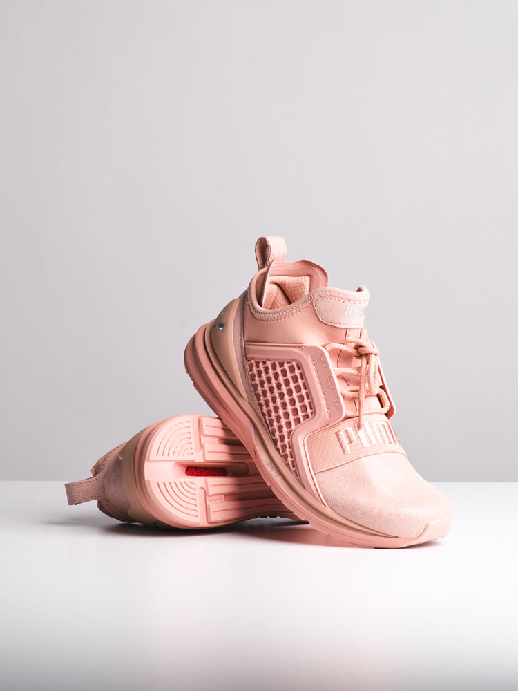 WOMENS IGNITE LIMITLESS SUEDE PEACH SNEAKERS