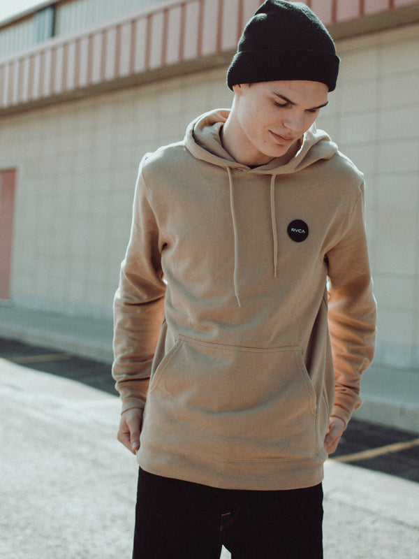 MENS MOTOTS PATCH PULLOVER HOODIE- KHAKI