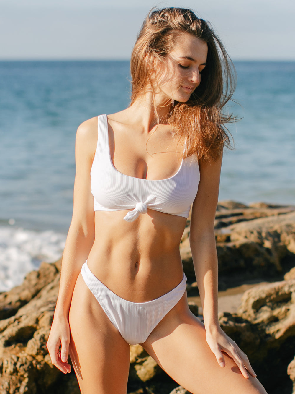 VITAMIN SEA RIBBED KNOTTED BIKINI TOP