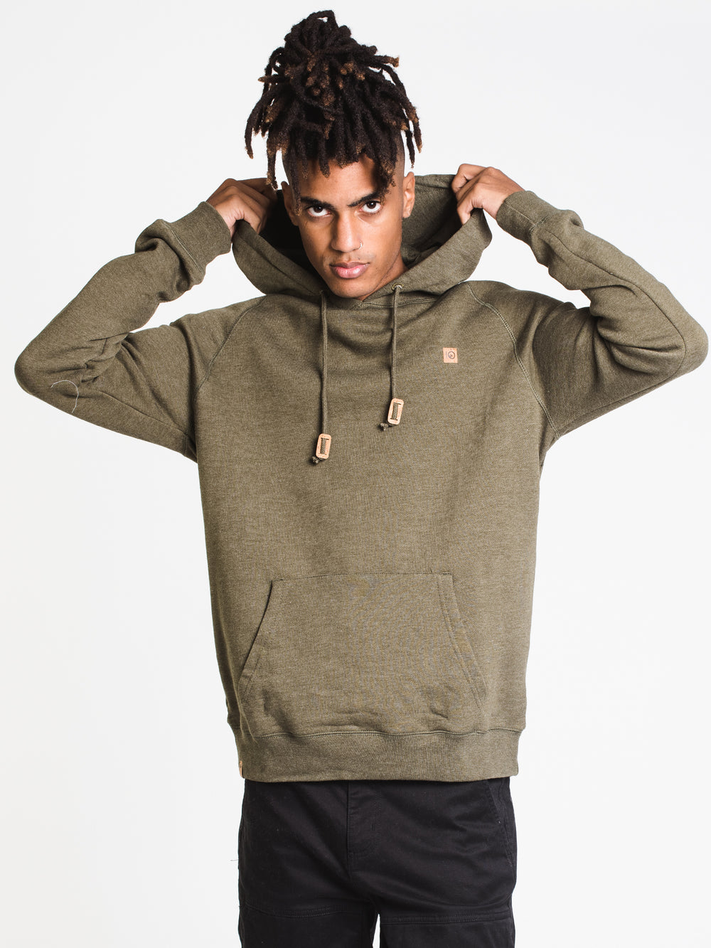 MENS ARAWIN PATCH PULLOVER HOODIE- OLIVE