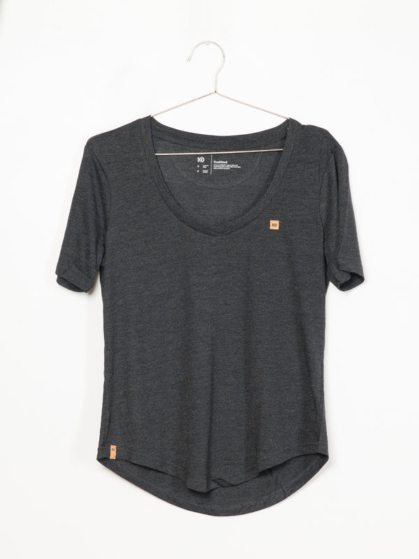 WOMENS VNECK CORK PATCH SHORT SLEEVE T-SHIRT - BLK