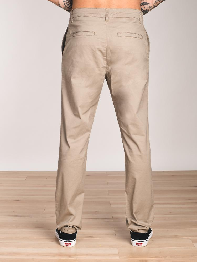MENS RELAXED CHINO