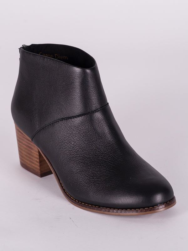 WOMENS LEILA BOOTIE - BLACK LTHR - CLEARANCE