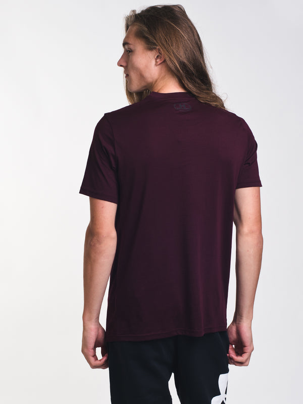 MENS UA WORDMARK SHORT SLEEVE T-SHIRT - BURGUNDY