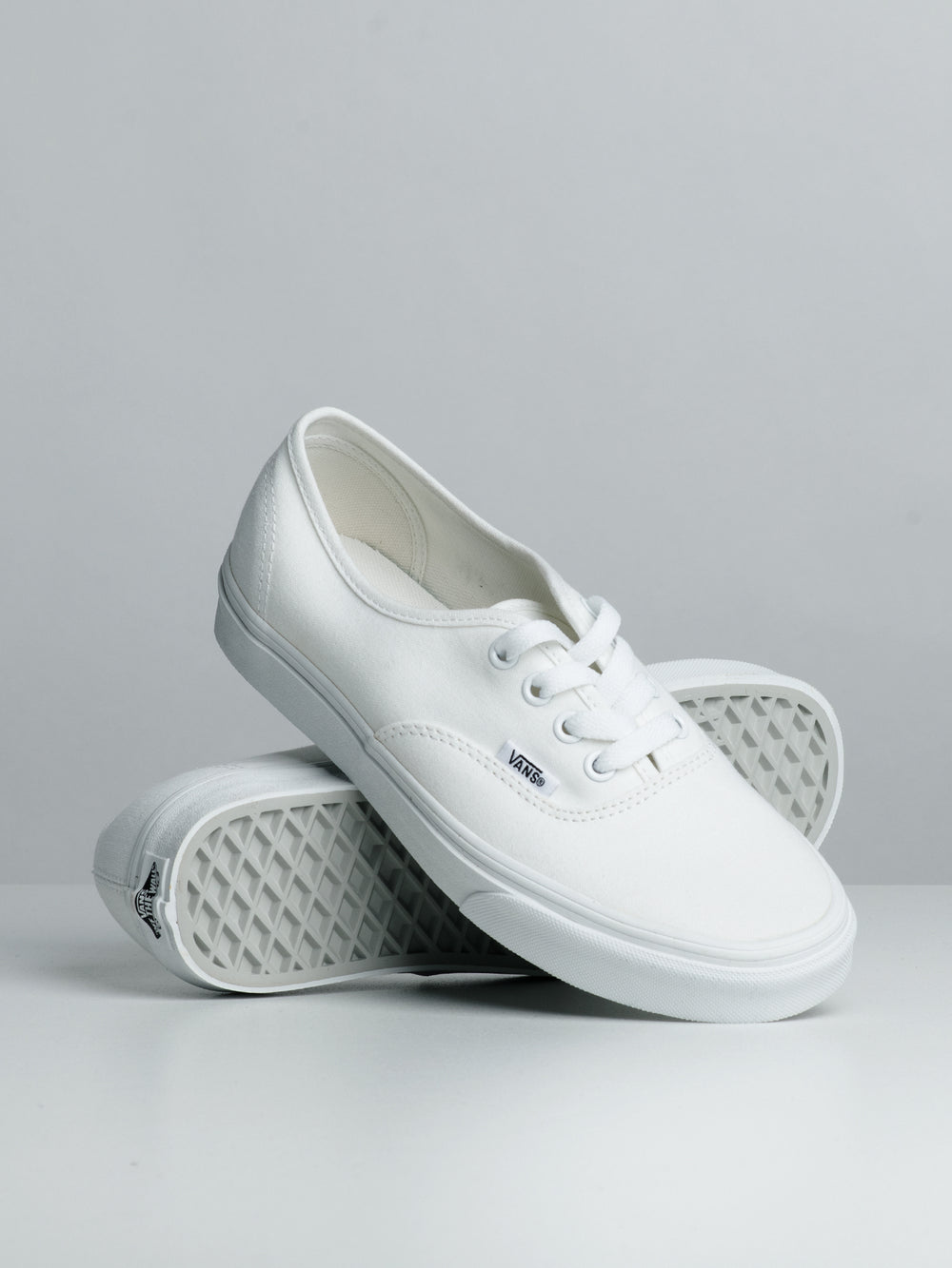 WOMENS AUTHENTIC SNEAKER