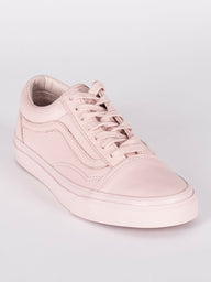 WOMENS OLD SKOOL LTHR  - CLEARANCE