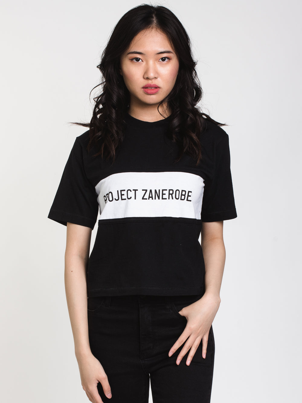 WOMENS BILLY CLUB CROP TEE - BLACK